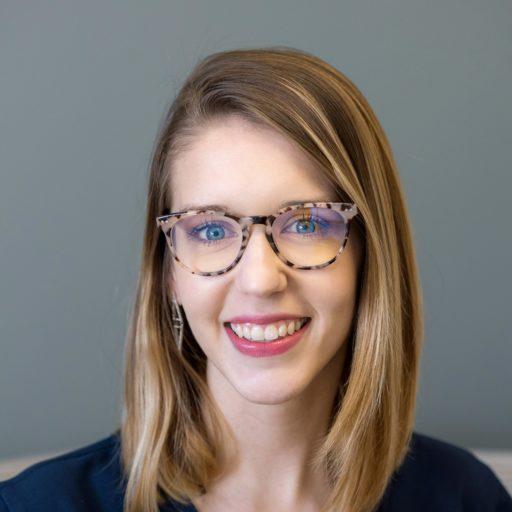 Zoe Rothenberger Headshot